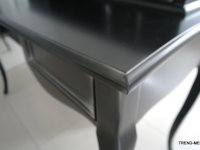 czarne biurko