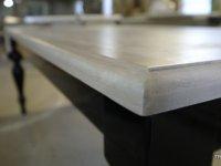 stół z blatem z dębu